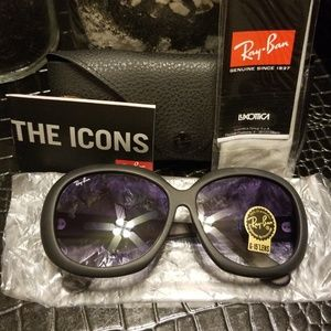 🔥Brand New🔥 Ray-Ban Jackie Oh II Shades